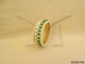 Kundan Bangles Set Jewellery