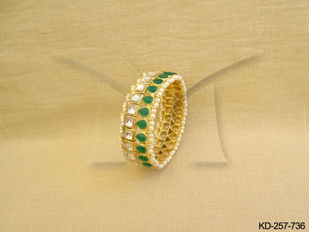 Kundan Bangles Set Jewellery
